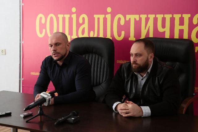 Україні потрібен лідер,  який буде захищати свій народ