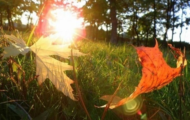 У вересні день жаркий, а дихає осінню