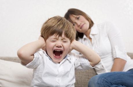 Помилки виховання –  причина дитячих неврозів