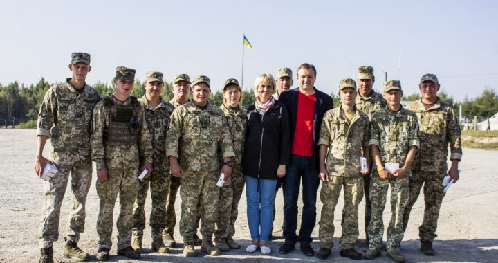 Наталія КОСТІНА: «Ми не просто  допомагаємо бійцям, а показуємо, що народ України –  із захисниками Вітчизни»