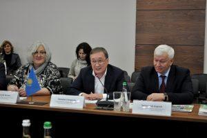 Казахстан вивчає полтавський досвід впровадження механізму аграрних розписок