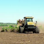 Землю треба засівати не лише насінням, а й грошима,  або Чи став бальзамом на фінансові рани пілотний  проект з упровадження аграрних розписок?