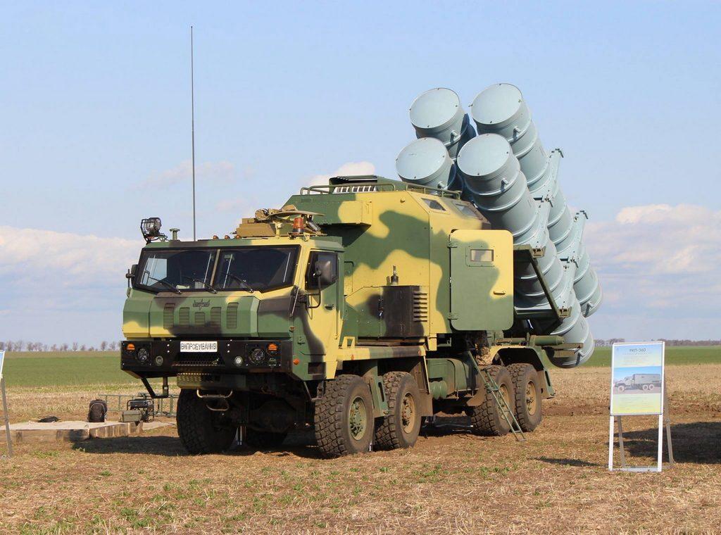 """Самохідне шасі  КрАЗ-7634НЕ – база нового  ракетного комплексу  """"Нептун"""""""