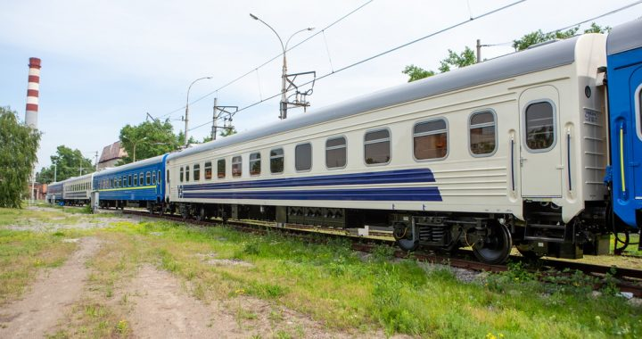 Крюківський вагонобудівний завод змушений звернутися  до суду, щоб отримати від Укрзалізниці оплату за вагони