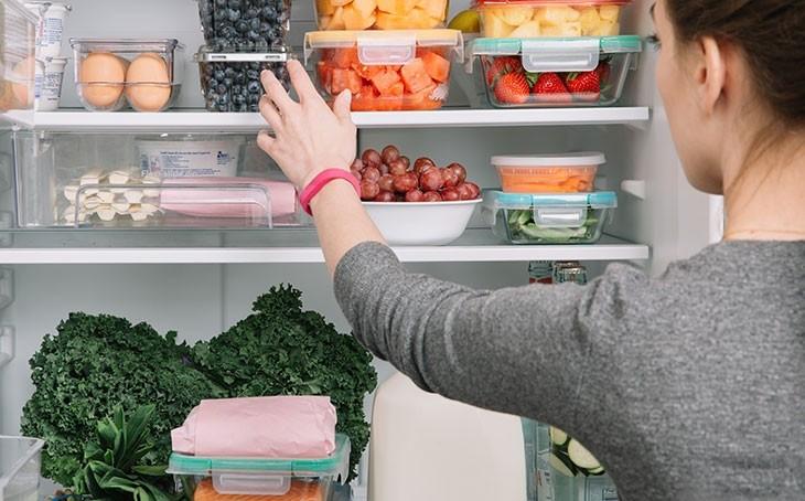 """""""Добросусідство"""" в холодильнику"""