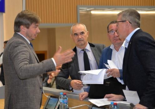Депутати проголосували за низку  нафтогазових питань і не прийшли до згоди  щодо «формули Штайнмайєра»