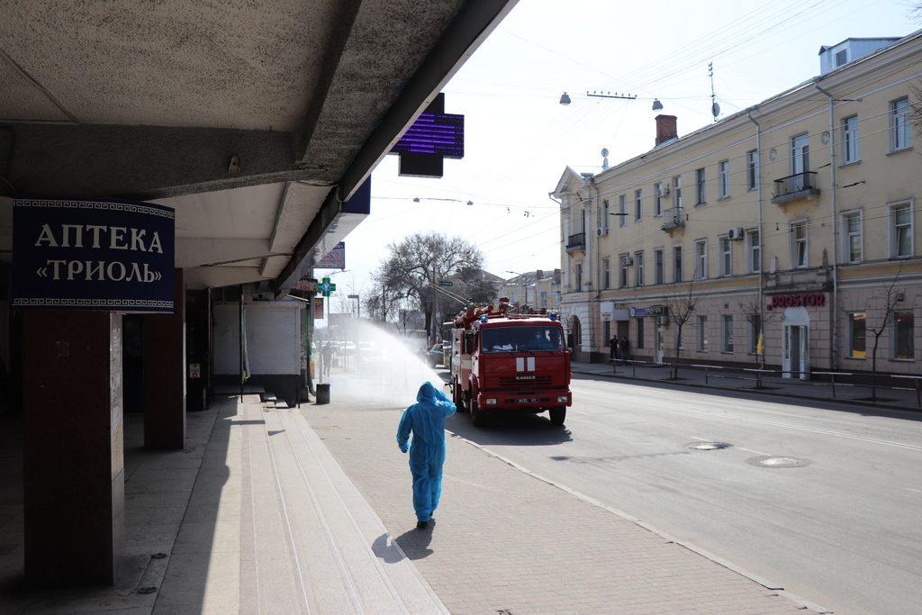 """Олександр Шамота:  """"У Полтаві дезінфікують вулиці та під'їзди"""""""