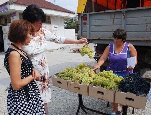 Любителям винограду на замітку