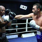 Віктор Вихрист вшосте перемагає на професійному ринзі