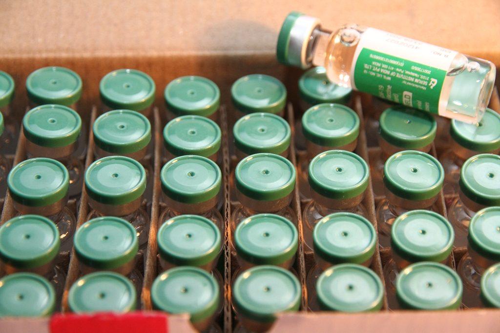 Відкрито запис  на позачергову вакцинацію  осіб, які займаються  публічною діяльністю