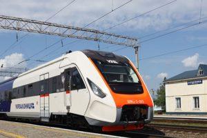 Третій дизель-поїзд серії ДПКр-3  виробництва КВБЗ вийшов на випробування