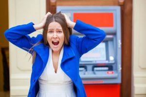Що робити, якщо термінал або банкомат «зажував» гроші чи не повернув решту?